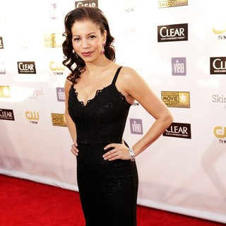 Gloria Reuben in 18th Annual Critics' Choice Movie Awards