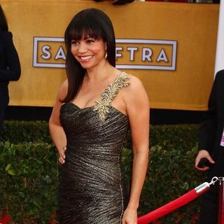 Gloria Reuben in 19th Annual Screen Actors Guild Awards - Arrivals