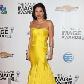 Gloria Reuben in The 44th NAACP Image Awards