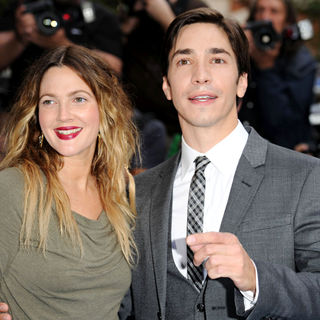 Drew Barrymore, Justin Long in The UK Premiere of 'Going the Distance' - Arrivals