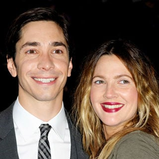 Justin Long, Drew Barrymore in The UK Premiere of 'Going the Distance' - Arrivals