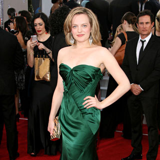Elisabeth Moss in 68th Annual Golden Globe Awards - Arrivals