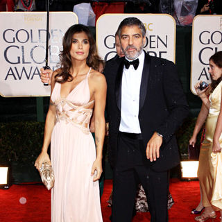 George Clooney, Elisabetta Canalis in 67th Golden Globe Awards - Arrivals
