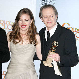 Kelly MacDonald, Steve Buscemi in 68th Annual Golden Globe Awards - Press Room