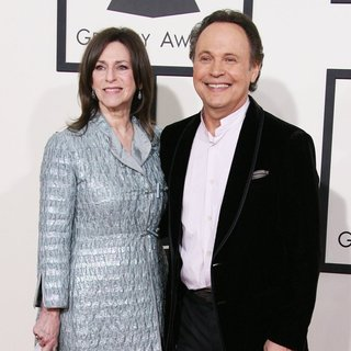 Janice Goldfinger, Billy Crystal in The 56th Annual GRAMMY Awards - Arrivals