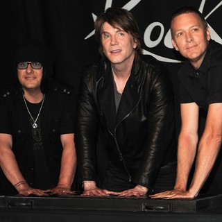 The Induction of The Goo Goo Dolls into Guitar Center's RockWalk - goo-goo-dolls-rockwalk-01