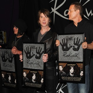 The Induction of The Goo Goo Dolls into Guitar Center's RockWalk - goo-goo-dolls-rockwalk-05