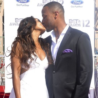 Meagan Good, DeVon Franklin in The BET Awards 2012 - Arrivals