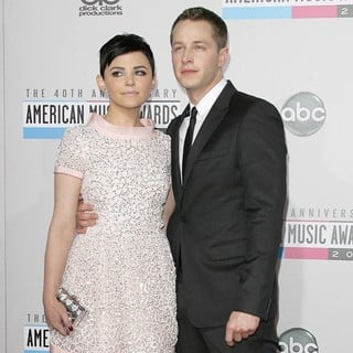 Josh Dallas in The 40th Anniversary American Music Awards - Arrivals - goodwin-dallas-40th-anniversary-american-music-awards-02