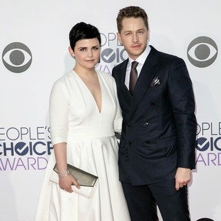 Josh Dallas in The 41st Annual People's Choice Awards - Arrivals - goodwin-dallas-41st-annual-people-s-choice-awards-arrivals-01