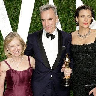 Doris Kearns Goodwin, Daniel Day-Lewis, Rebecca Miller in 2013 Vanity Fair Oscar Party - Arrivals