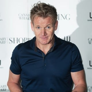 Gordon Ramsay in Gordon Ramsay Signs His Book Ultimate Home Cooking