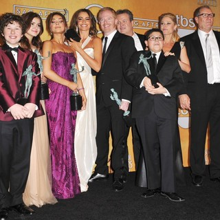 Nolan Gould, Ariel Winter, Sarah Hyland, Sofia Vergara, Jesse Tyler Ferguson, Eric Stonestreet, Rico Rodriguez, Julie Bowen, Ed O'Neill in 19th Annual Screen Actors Guild Awards - Press Room