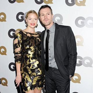 Jaime King, Kyle Newman in The GQ 2010 Men of The Year Party