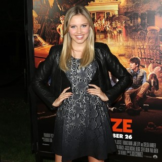 Gracie Dzienny in The Premiere of Paramount Pictures' Fun Size - Arrivals