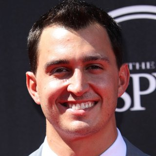Graham Rahal in 2014 ESPYS Awards - Arrivals