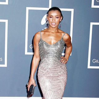 Melody Thornton in 52nd Annual Grammy Awards