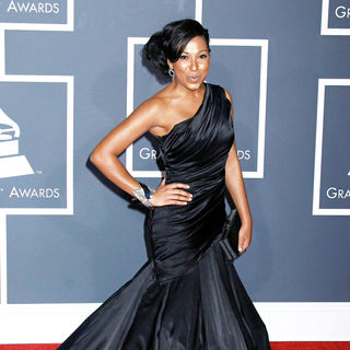 Melanie Fiona in 52nd Annual Grammy Awards
