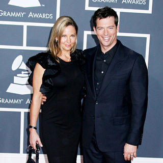 Harry Connick Jr., Jill Goodacre in 52nd Annual Grammy Awards