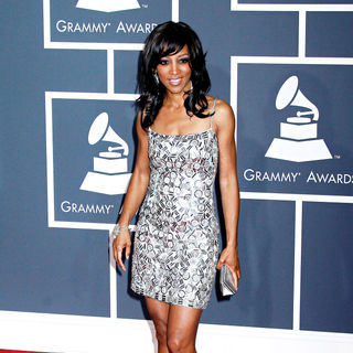 Shaun Robinson in 52nd Annual Grammy Awards