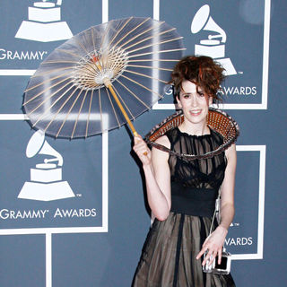 Imogen Heap in 52nd Annual Grammy Awards