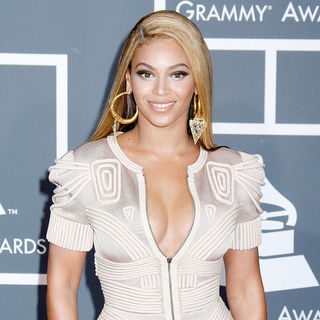 Beyonce Knowles in 52nd Annual Grammy Awards