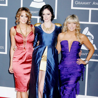 Coco Rocha, Cheryl Hickey, Kim D'Eon in 52nd Annual Grammy Awards