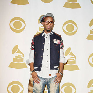 B.o.B - The Grammy Nominations Concert Live