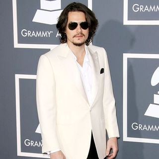 John Mayer in The 53rd Annual GRAMMY Awards - Red Carpet Arrivals