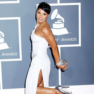 Toni Braxton in 52nd Annual Grammy Awards