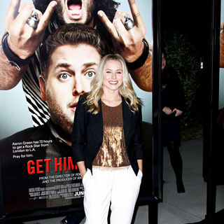 "Kristen Bell in Los Angeles Premiere of ""Get Him to the Greek"""