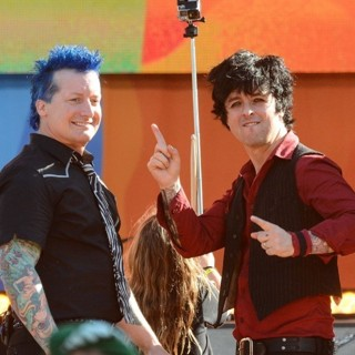 Green Day - Green Day Perform on Good Morning America
