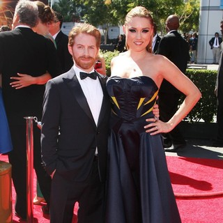 Seth Green, Clare Grant in 2013 Primetime Creative Arts Emmy Awards - Arrivals
