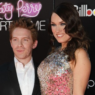 Seth Green, Clare Grant in Katy Perry: Part of Me Los Angeles Premiere