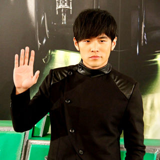 Jay Chou in 'The Green Hornet' Photocall - green_hornet_photocall_19_wenn5579803