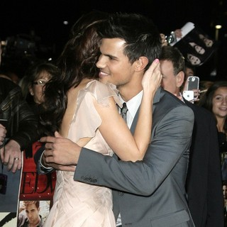 Ashley Greene, Taylor Lautner in The Premiere of The Twilight Saga's Breaking Dawn Part II