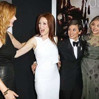 Premiere of Metro-Goldwyn-Mayer Pictures' and Screen Gems' Carrie - greer-moore-peirce-moretz-premiere-carrie-01