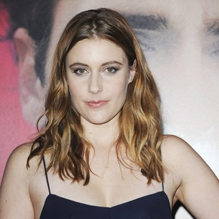 Premiere of Warner Bros. Pictures' Her - Red Carpet - greta-gerwig-premiere-her-02