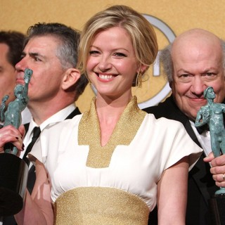Gretchen Mol, Peter Van Wagner in The 18th Annual Screen Actors Guild Awards - Press Room