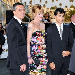 Antonio Banderas, Melanie Griffith in 2011 NCLR ALMA Awards - Arrivals