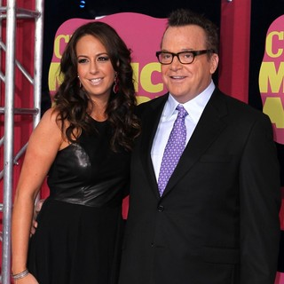 Ashley Groussman, Tom Arnold in 2012 CMT Music Awards