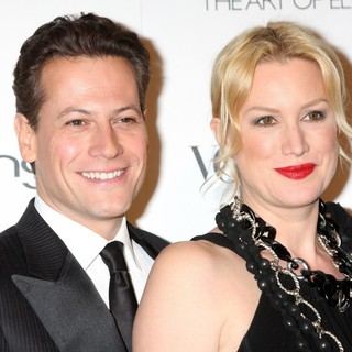 Ioan Gruffudd, Alice Evans in Art of Elysium's 4th Annual Heaven Charity Gala - Arrivals