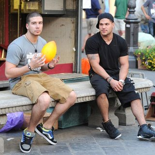 Vinny Guadagnino, Ronnie Ortiz-Magro in Jersey Shore Cast Members Play Catch with A Ball in The Town Square