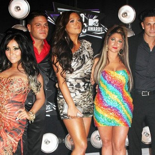 Vinny Guadagnino, Snooki, Ronnie Ortiz-Magro, Sammi Giancola, Deena Nicole, DJ Pauly D, JWoww in 2011 MTV Video Music Awards - Arrivals