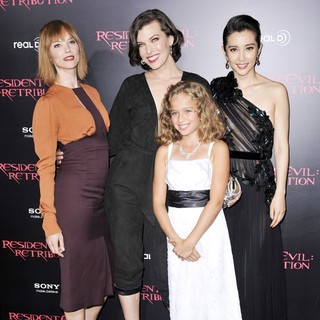 Sienna Guillory, Milla Jovovich, Aryana Engineer, Li Bingbing in Resident Evil: Retribution Los Angeles Premiere - Arrivals