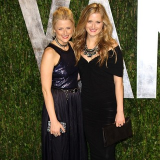 Mamie Gummer, Grace Gummer in 2012 Vanity Fair Oscar Party - Arrivals