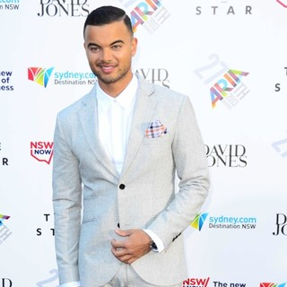 Guy Sebastian in 27th ARIA Awards 2013 - Arrivals - guy-sebastian-27th-aria-awards-2013-02