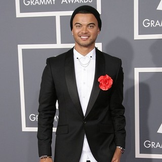 Guy Sebastian in 55th Annual GRAMMY Awards - Arrivals - guy-sebastian-55th-annual-grammy-awards-02