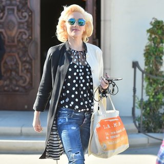 Gwen Stefani Leaves Church