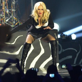 Gwen Stefani, No Doubt in The MTV EMA's 2012 - Show